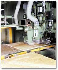 コンピュータ制御による工場加工